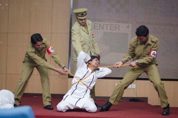 Photos from Holocaust-themed play, 'Sipahi'
